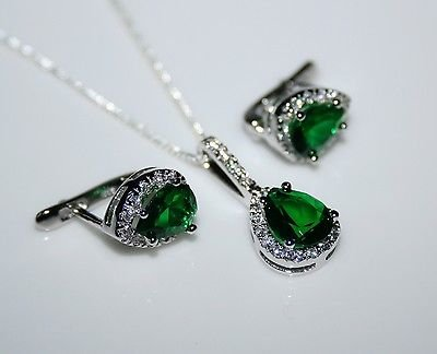 STERLING SILVER 3.50CT FACETED PEAR CUT EMERALD CZ EARRING & PENDANT SET
