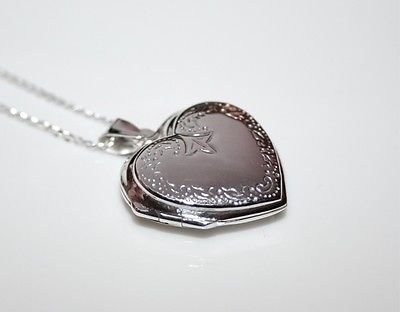 31MM X 24MM PRETTY STERLING SILVER ENGRAVED REVERSIBLE HEART LOCKET & CHAIN