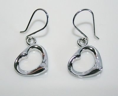 PRETTY 925 STERLING SILVER HEART EARRINGS
