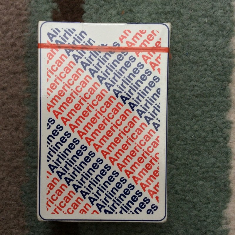 AMERICAN AIRLINES PLAYING CARDS  SEALED IN BOX