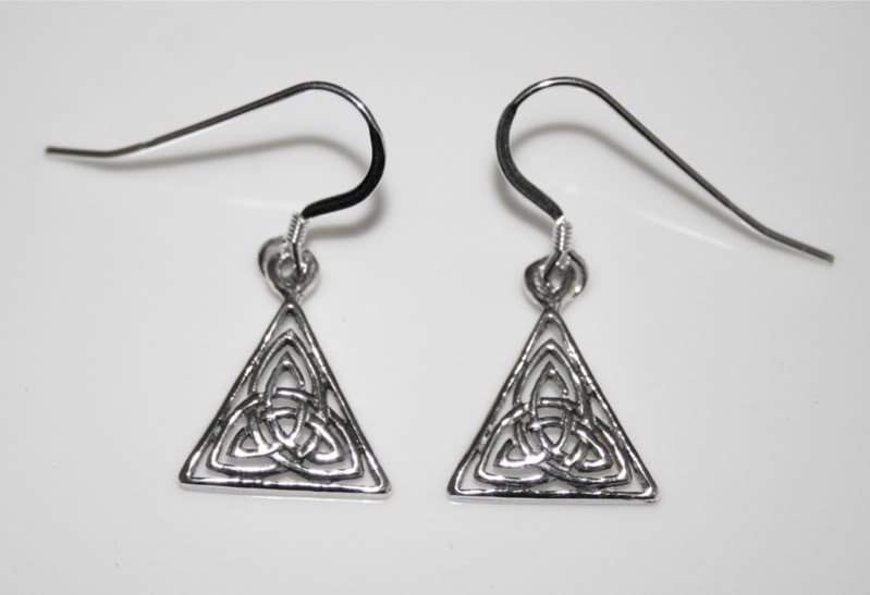 HANDCRAFTED STERLING SILVER CELTIC KNOT EARRINGS