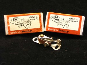 Ignition points (2 contact sets) Delco-Remy F-100PV NOS