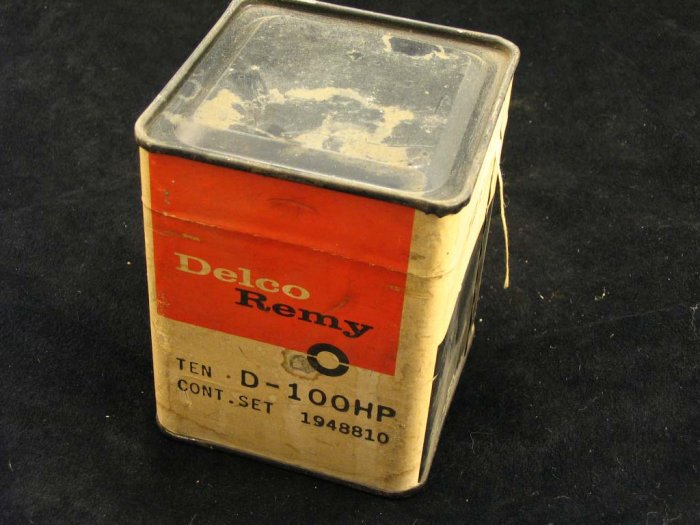 NOS Case of 10 Delco-Remy points D-100HP 1948810