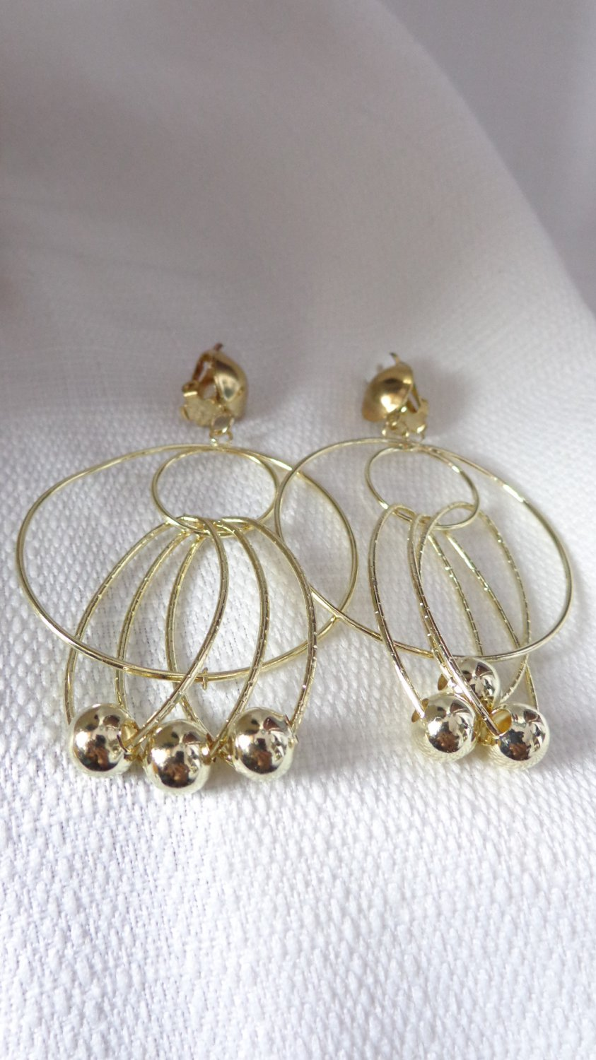 Clip-on Earrings Clip Earrings Gold Tone Bead Dangle