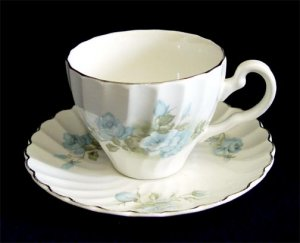 Johnson Brothers England Ironstone Regency Riviera Tea Cup Teacup & Saucer