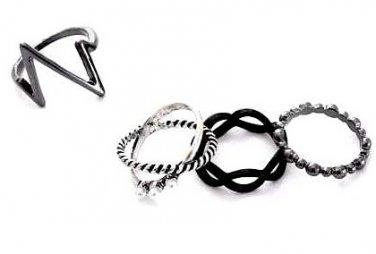 4 Fashion Finger Rings Set