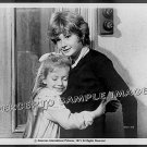 WHO SLEW AUNTIE ROO? ~ '71 Orig Movie Photo ~ MARK LESTER / CHLOE FRANKS