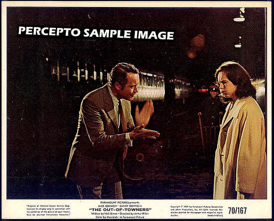 The OUT OF TOWNERS ~ Orig '70 Movie Photo ~ Train Station ~ JACK LEMMON / SANDY DENNIS / NEIL SIMON