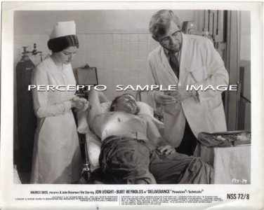 DELIVERANCE ~ Original '72 Action Movie Photo ~ JON VOIGHT / HOSPITAL VICTIM / JOHN BOORMAN