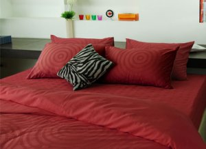Bed set - King (Strawberry)