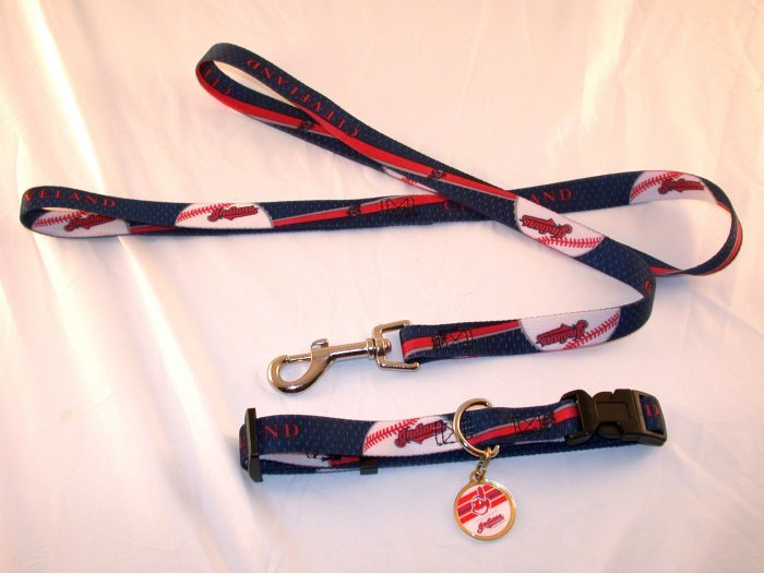 Cleveland Indians Pet Dog Leash Set Collar ID Tag Gift Size Large