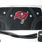 Tampa Bay Buccaneers Littlearth CAPtivate Wristlet Wallet
