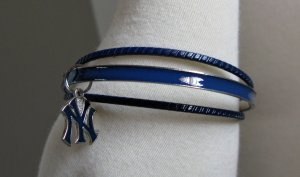 New York Yankees Triple Bangle Bracelet w/ Enamel Logo Charm