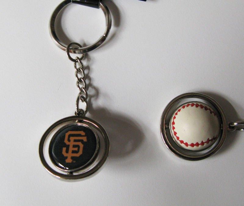 San Francisco Giants Rubber Baseball Spinner Keychain Key Ring