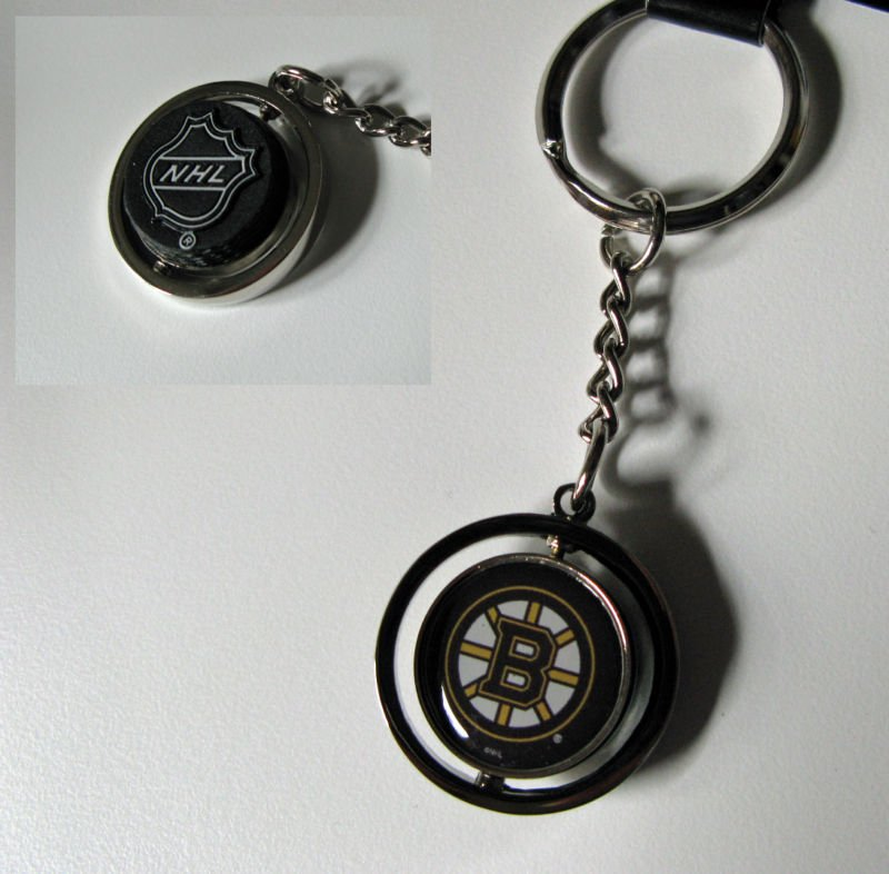 Boston Bruins Rubber Puck Spinner Keychain Key Ring