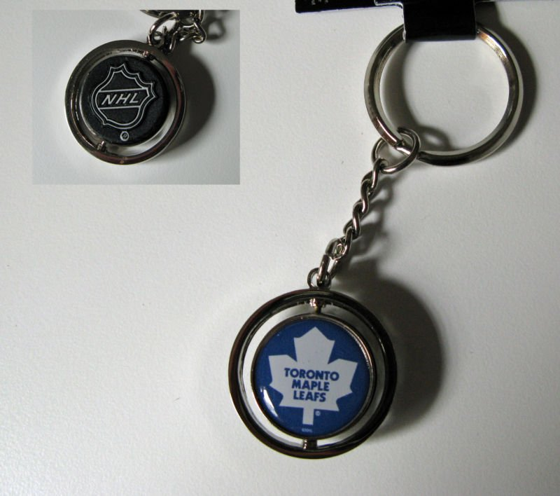 Toronto Maple Leafs Rubber Puck Spinner Keychain Key Ring