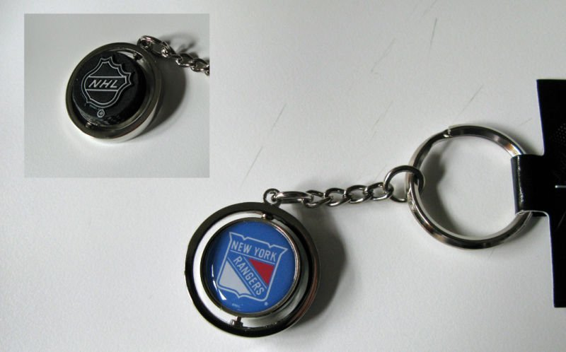 New York Rangers Rubber Puck Spinner Keychain Key Ring