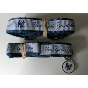 New York Yankees Premium Pet Set Dog Leash Collar ID Tag Small
