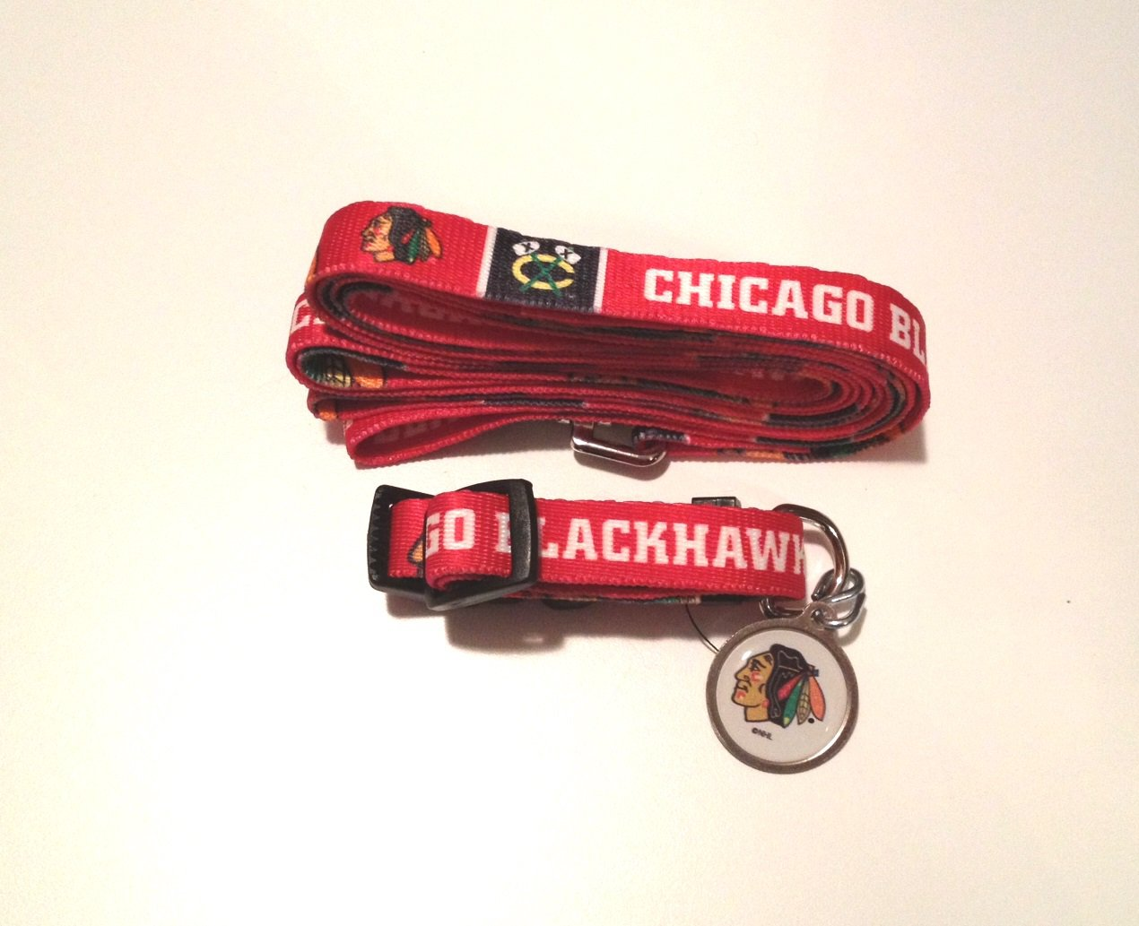 Chicago Blackhawks Pet Dog Leash Set Collar ID Tag Medium