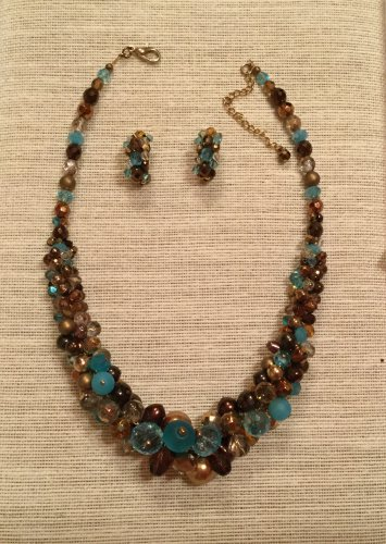 Women's Chunky Topaz and turquoise Czech Glass and Pearl Necklace