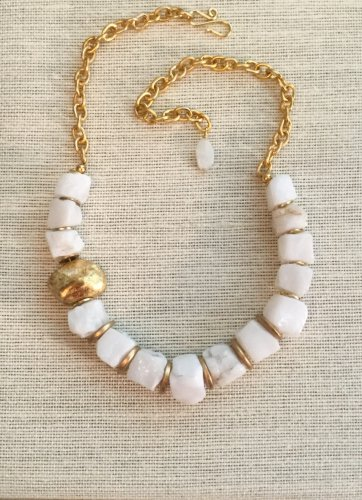 Women's Chunky White Agate and Gold Nugget Necklace