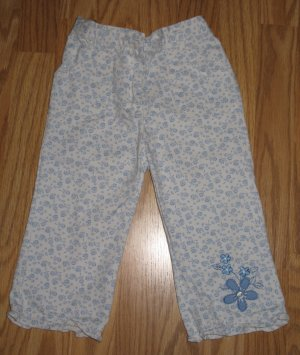 Blue/cream floral capris