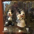 DISNEY PARKS BRIDE-GROOM MICKEY & MINNIE MOUSE SALT PEPPER SHAKERS NEW IN BOX