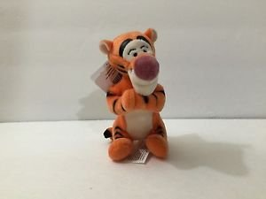 """DISNEY PARKS MAGNET PLUSH DOLL 4"""" FEAT. TIGGER NEW WITH TAGS"""