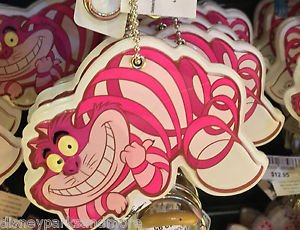 DISNEY PARKS ALICE IN WONDERLAND CHESHIRE CAT KEYCHAIN NEW WITH TAGS