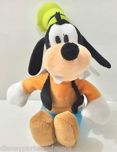 """DISNEY PARKS MAGNET PLUSH DOLL 4"""" FEAT. GOOFY NEW WITH TAGS"""