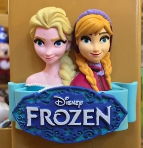 Disney Parks Exclusive Frozen Elsa & Anna 3D Magnet Head with Banner New