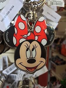 DISNEY PARKS MINNIE MOUSE FACE POLKA DOT BOW METAL KEYCHAIN NEW WITH TAGS