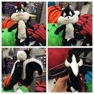 "Six Flags Magic Mountain Looney Tunes Fifi La Fume 8"" Mini Plush New"