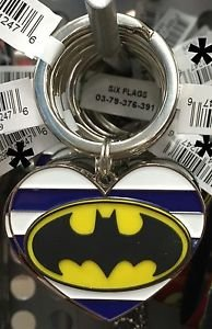 Six Flags Magic Mountain DC Batman Heart Shaped Metal Keyring Keychain New