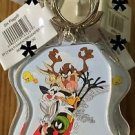 Six Flags Magic Mountain Looney Tunes Bugs Marvin Daffy Taz Wile Syl Keychain