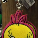 Six Flags Magic Mountain Looney Tunes Tweety Bird Felt Emb Keychain New