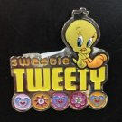 Six Flags Magic Mountain Looney Tunes Sweetie Tweety Bird Metal Magnet New