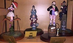 Disneyland Haunted Mansion 45th Anniversary Stretching Room 4 Figurine Set New