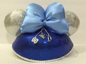 Disneyland 60th Diamond Celebration Minnie Mouse Ear Hat with Bow and Charms New