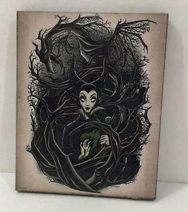 Disney WonderGround Gallery Maleficent Large Magnet by Dave Quiggle NEW
