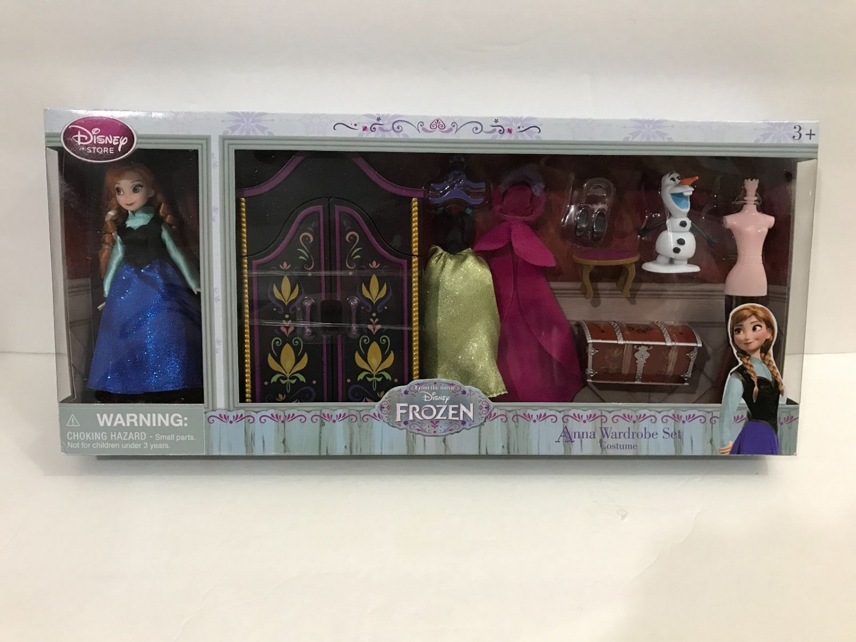 Disney Parks Anna Mini Doll Wardrobe Play Set New in Box