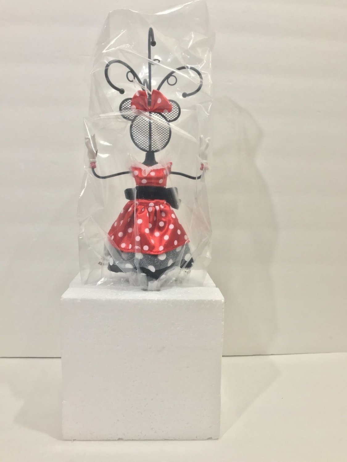 Disney Parks Minnie Mouse Red Polka Dot Metal Jewelry Stand New in Box