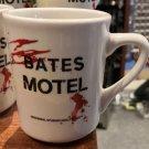 Universal Studios Exclusive Blood Splatter Psycho Bates Motel Ceramic Mug Cup