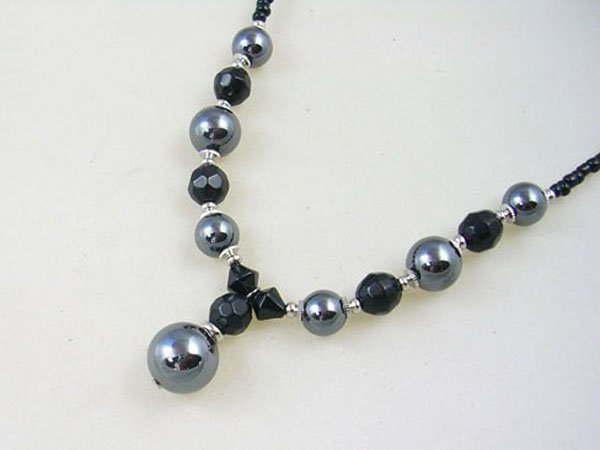 Free shipping---Marcasite Beads Necklace