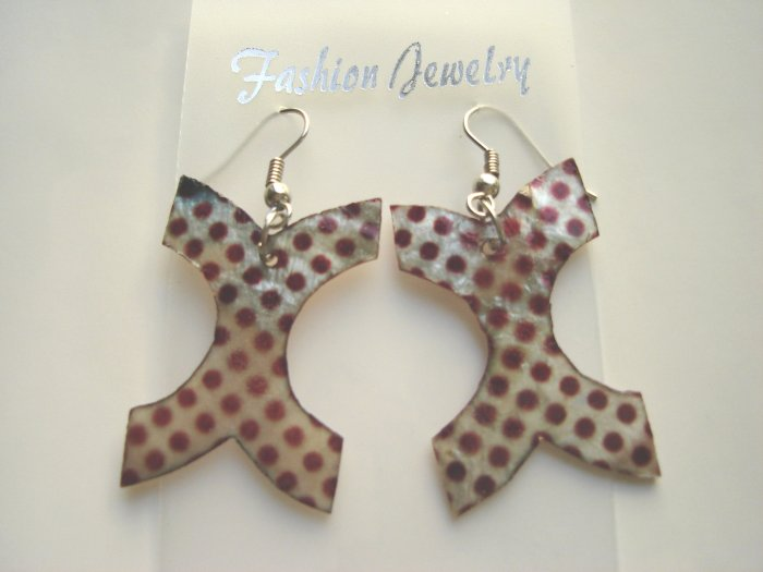 ECL-6004      Natural Shell Earrings