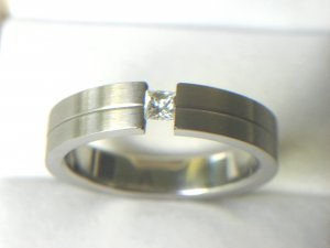 Free shipping---Stainless Steel CZ Wedding Band Ring