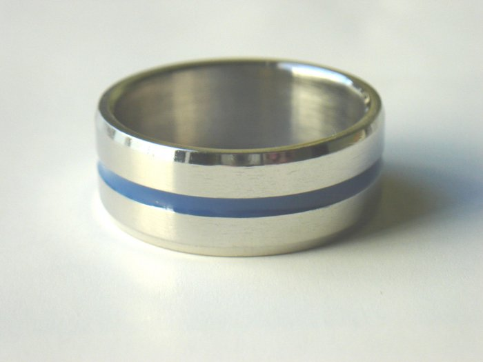 Free shipping--Stainless Steel One Row Band Ring