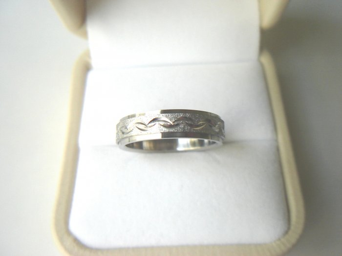 RHD-8049      Stainless Steel Wedding Band Ring