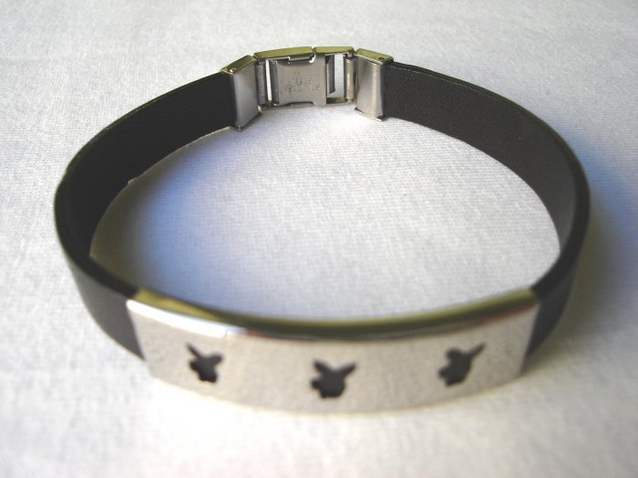 BHY-6010     Stainless Steel And Genuine Leather Bracelet