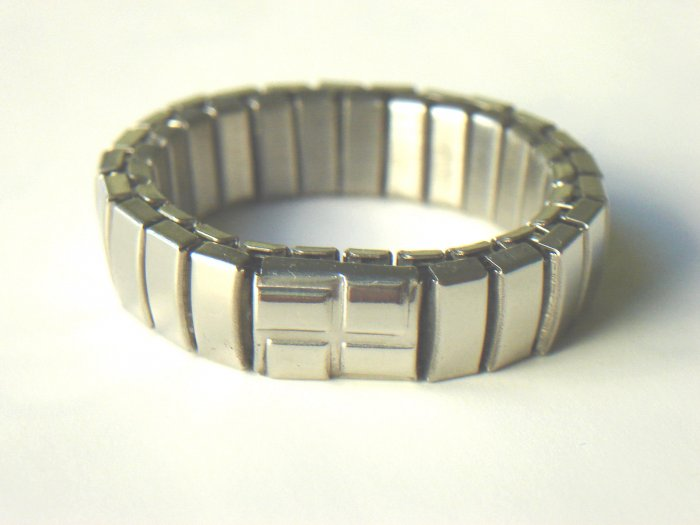 RHY-6001       Stainless Steel Stretch Ring